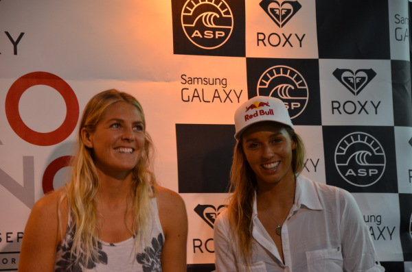 Steph Gilmore - Sally Fitzgibbons - Roxy Pro France 2014